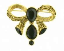 Vintage style fashion brooches