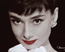 Audrey Hepburn prints & posters